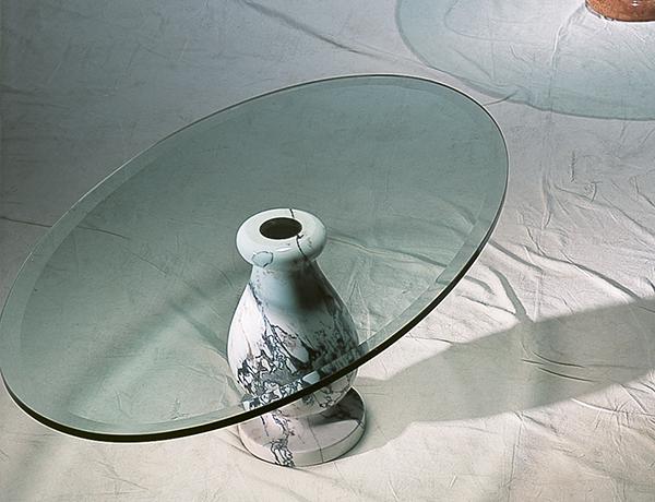 Regina tavoli bassi in marmo e cristallo
