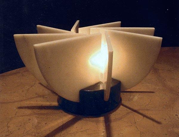 LAMPADA-PETALI-Charles-Pfister-marmo