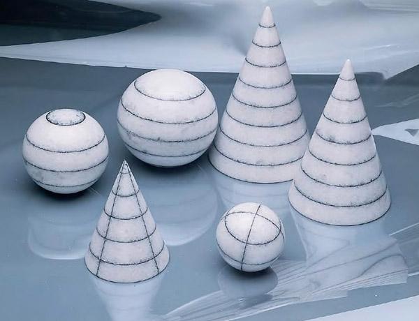 LAZZOTTI-3-coni-3-sfere-in-marmo