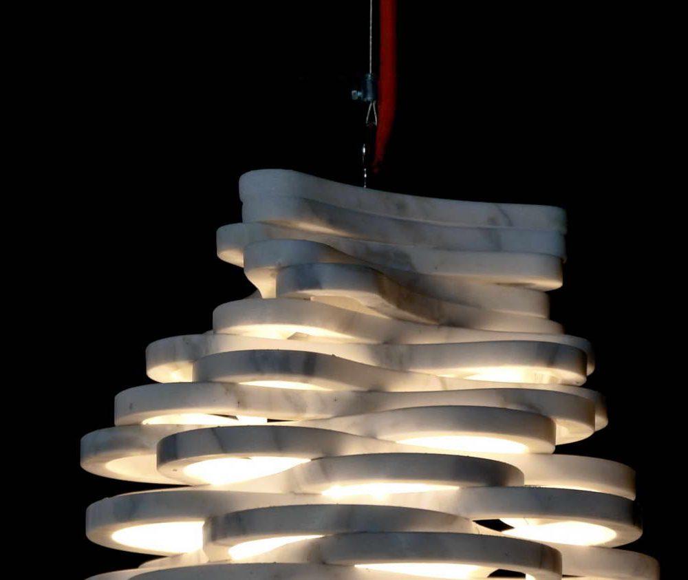 Annika lampada da tavolo a sospensione in marmo Calacatta Carrara, designer Paolo Ulian