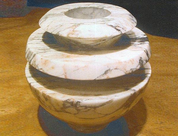 PORTAFIORI-A-SFERA-piero-bottoni-vaso-da-fiori-in-marmo